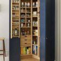 Pour le rangement de la cuisine, utiliser une armoire